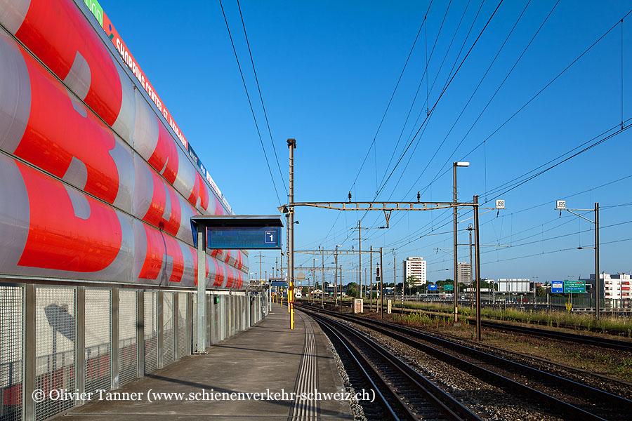 "Bahnhof ""Basel St. Jakob"""