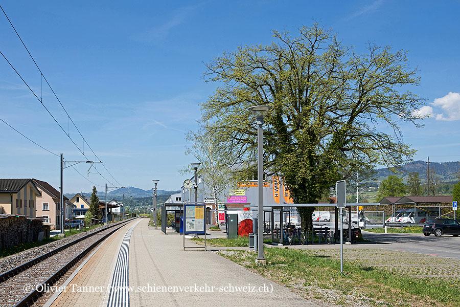 """Bahnhof """"Benken"""""""