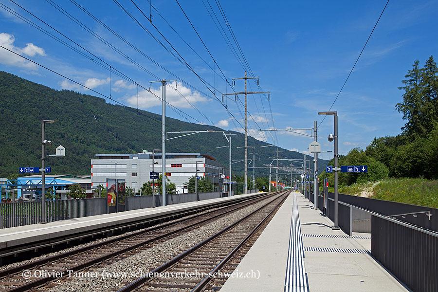 "Bahnhof ""Biel Bienne Bözingenfeld Champ"""