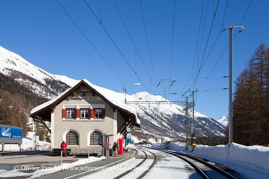 "Bahnhof ""Cinuos-chel-Brail"""
