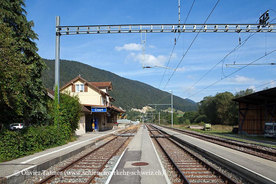 "Bahnhof ""Court"""