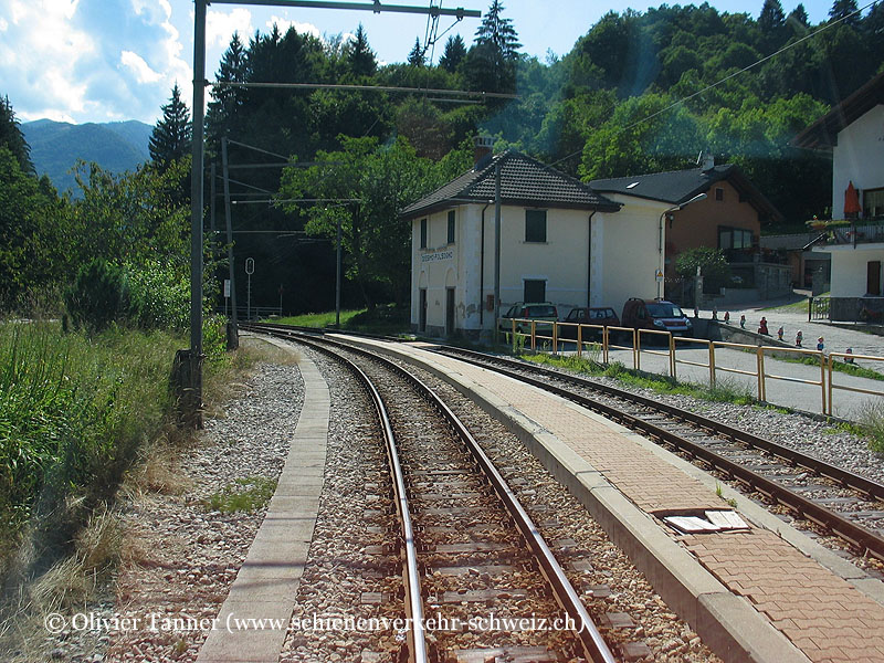 "Bahnhof ""Folsogno-Dissimo"""
