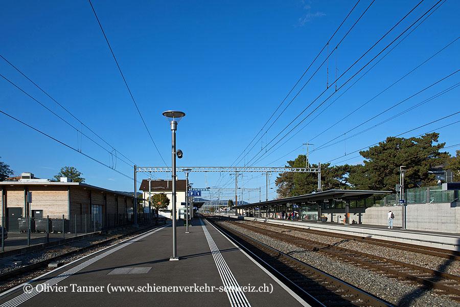 "Bahnhof ""Gland"""