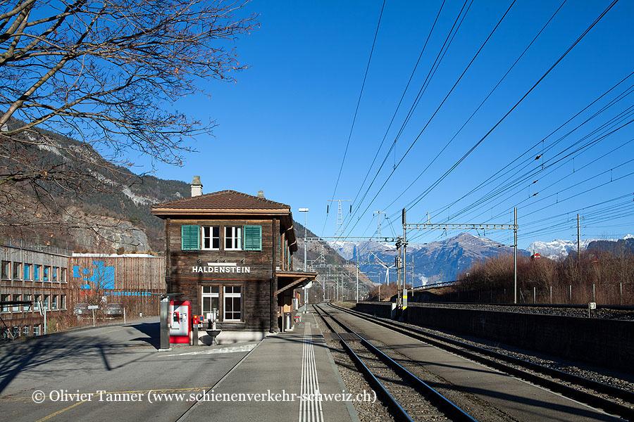 """Bahnhof """"Haldenstein"""""""