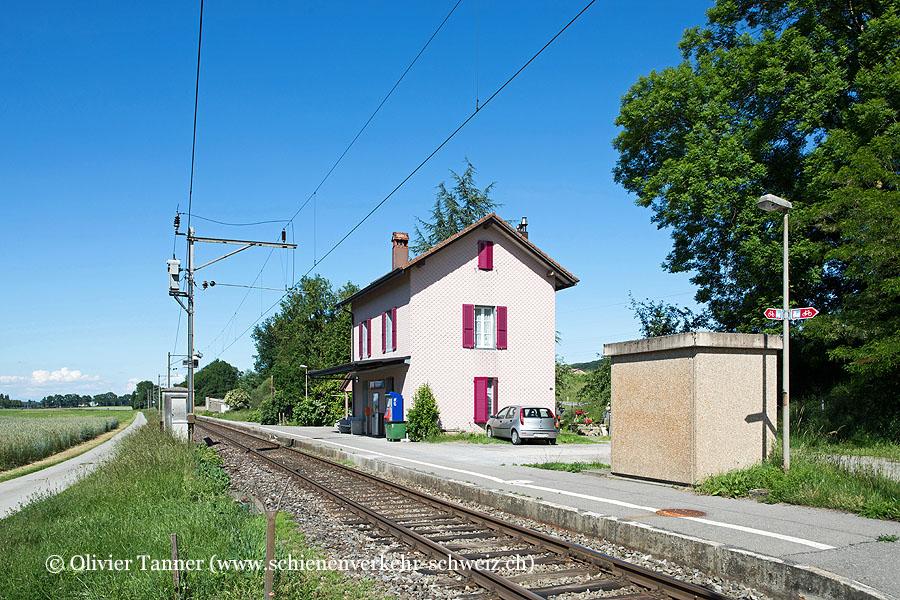 """Bahnhof """"Henniez"""""""