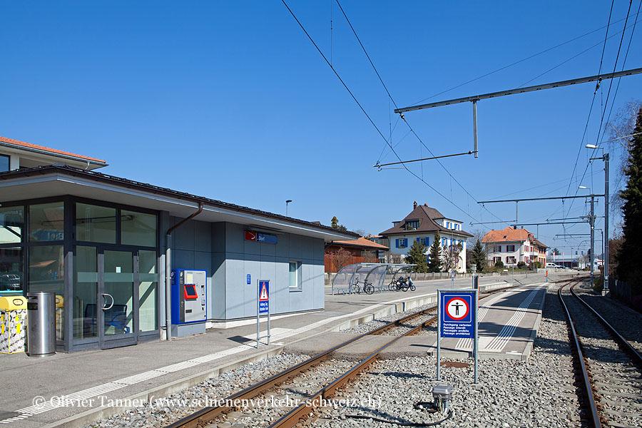 """Bahnhof """"Ins Dorf"""""""
