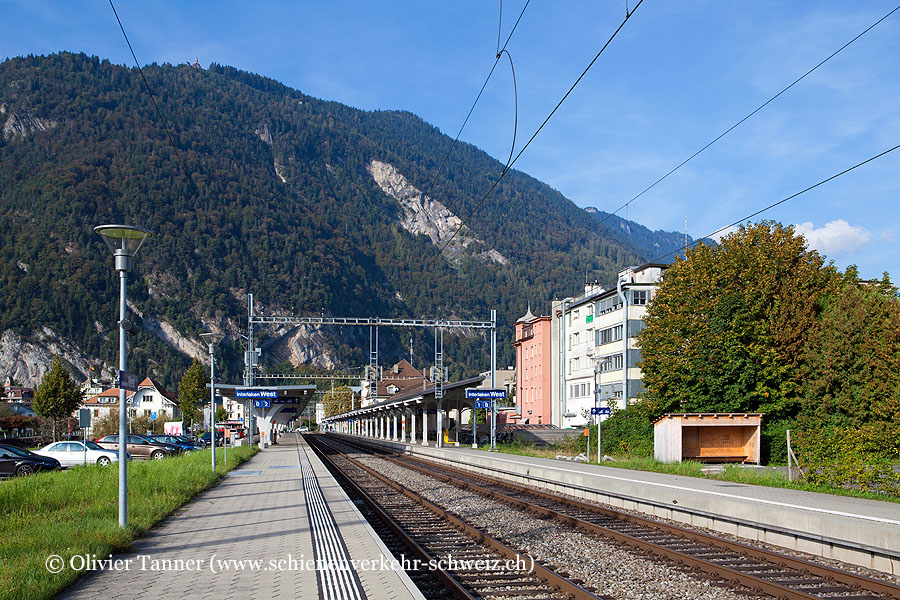 "Bahnhof ""Interlaken West"""