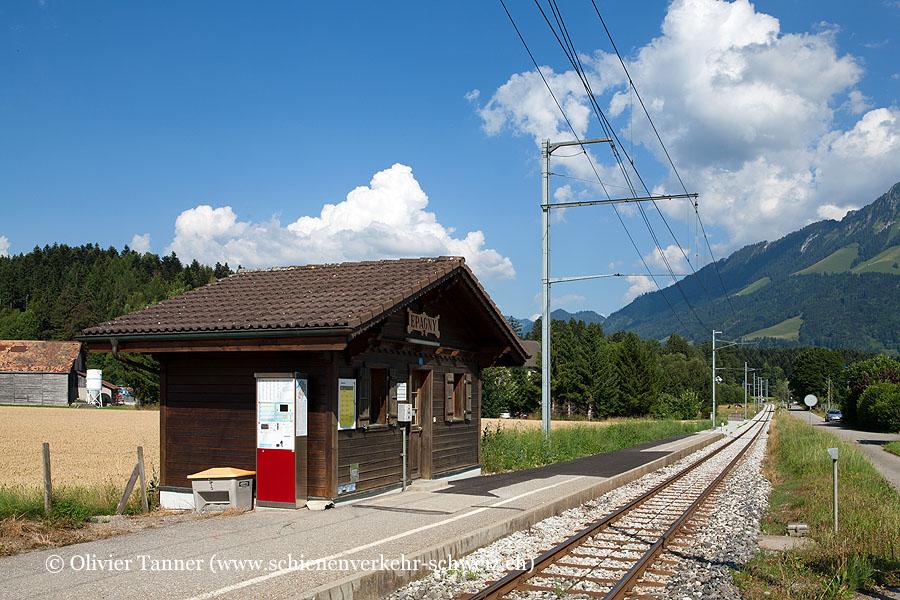 """Bahnhof """"La Tour-de-Trême Parqueterie"""""""