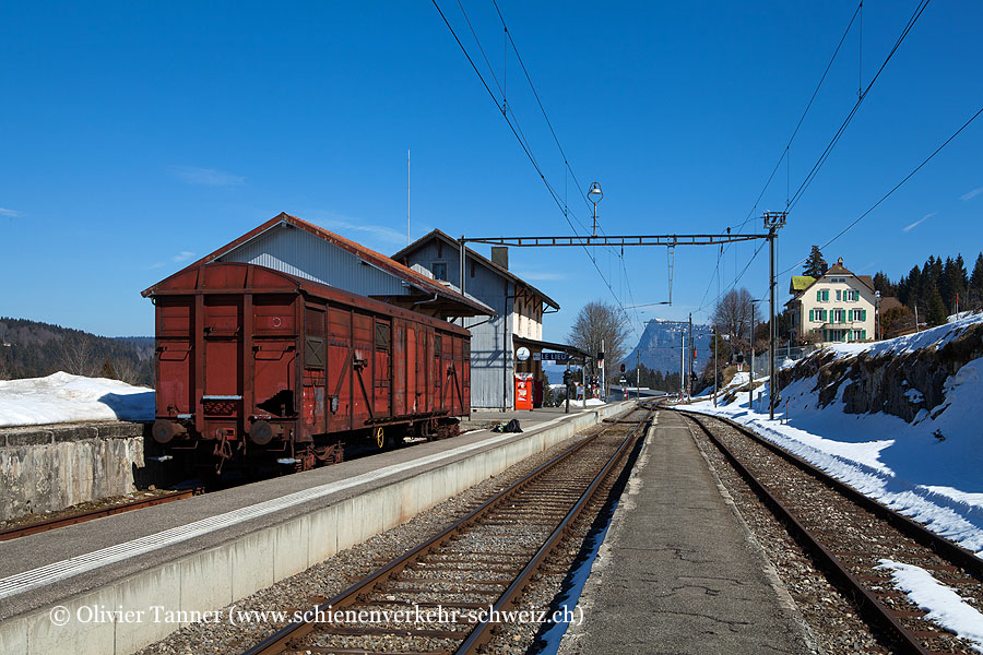 "Bahnhof ""Le Lieu"""