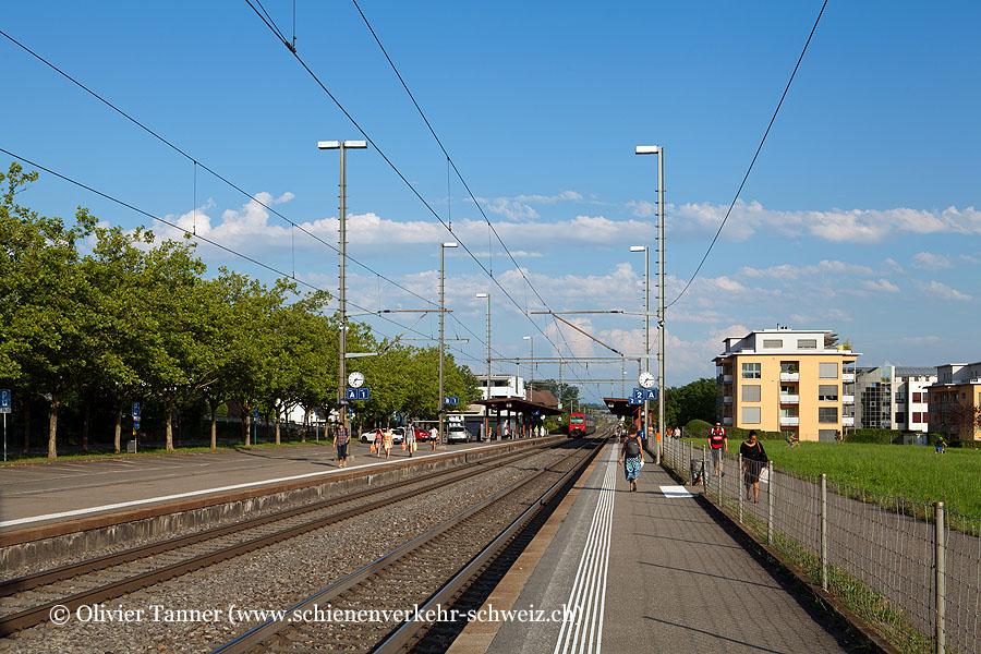 """Bahnhof """"Nänikon-Greifensee"""""""