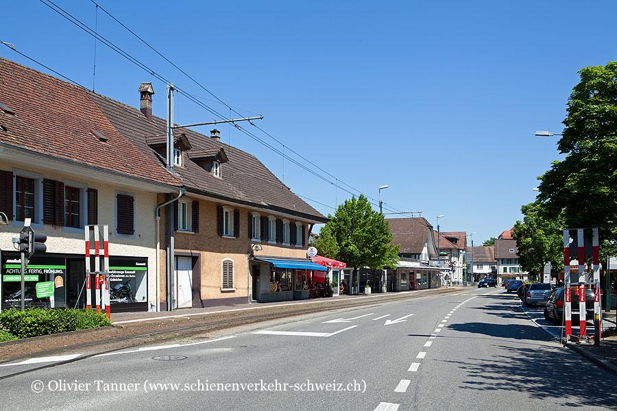 """Bahnhof """"Oberentfelden Engelplatz"""""""