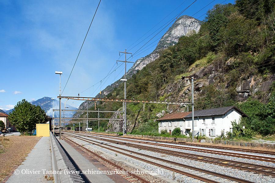 "Bahnhof ""Osogna-Cresciano"""