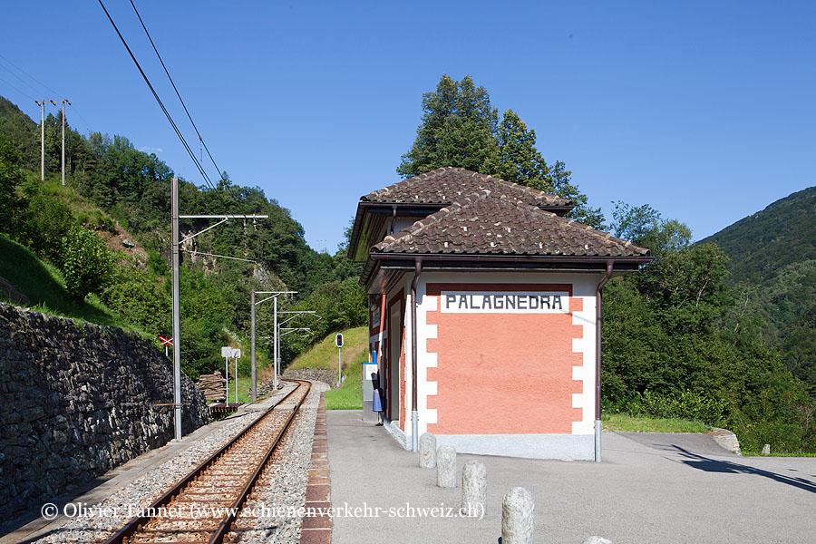"Bahnhof ""Palagnedra"""
