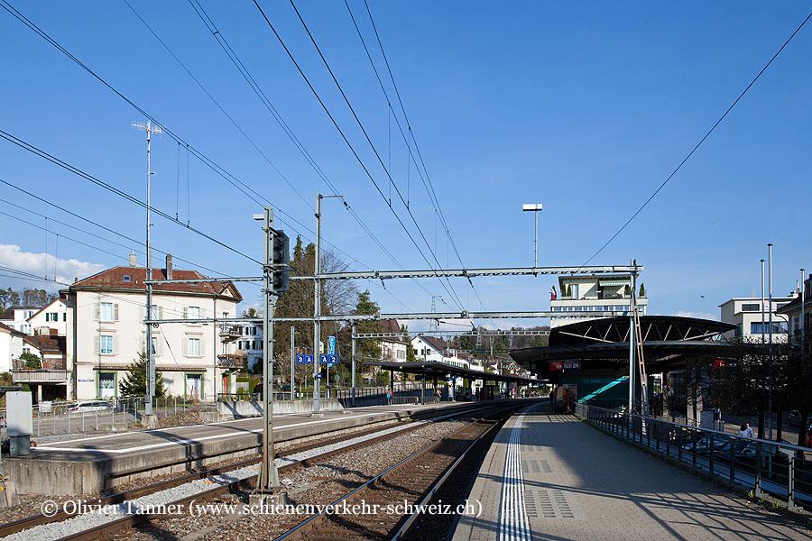 "Bahnhof ""Rüti ZH"""