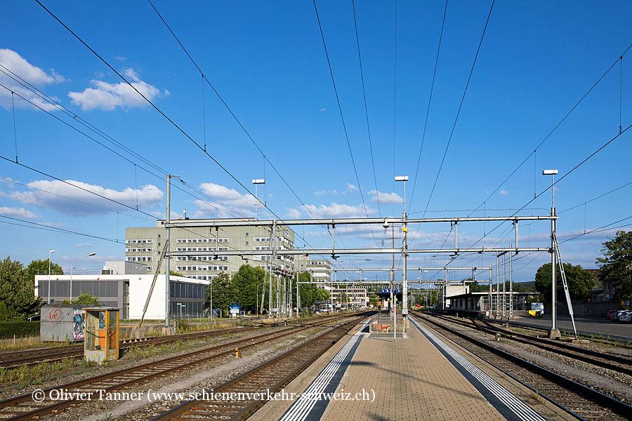 "Bahnhof ""Regensdorf-Watt"""