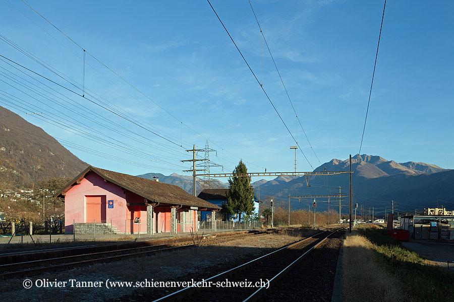 "Bahnhof ""Riazzino-Cugnasco"""
