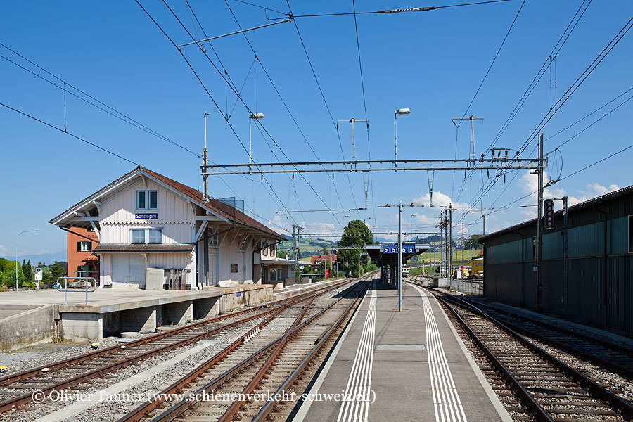 "Bahnhof ""Samstagern"""