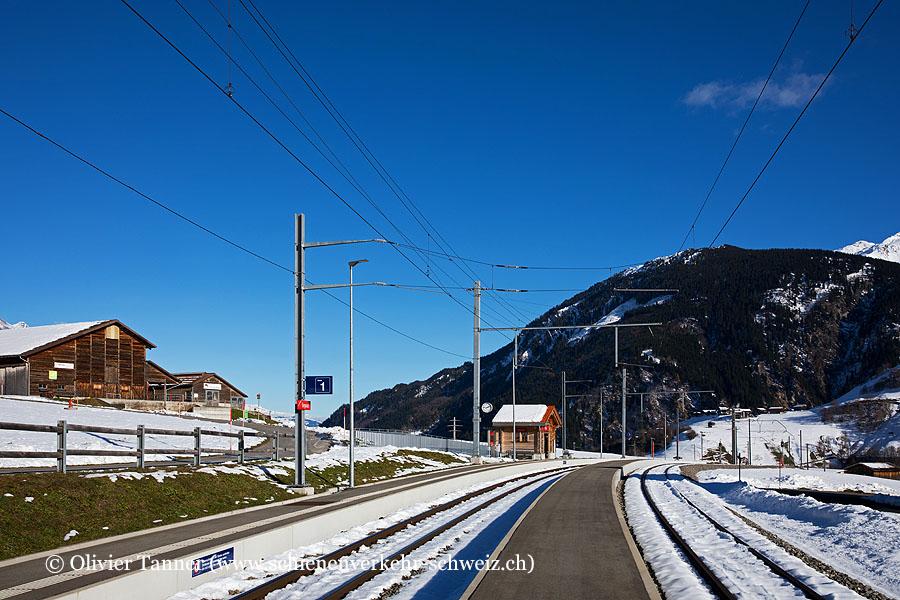 "Bahnhof ""Segnas"""