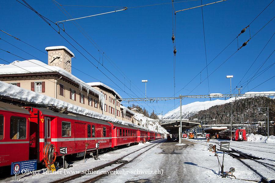 """Bahnhof """"St. Moritz"""""""