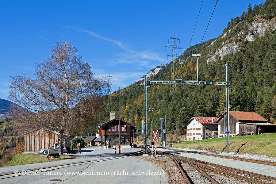 "Bahnhof ""Surava"""