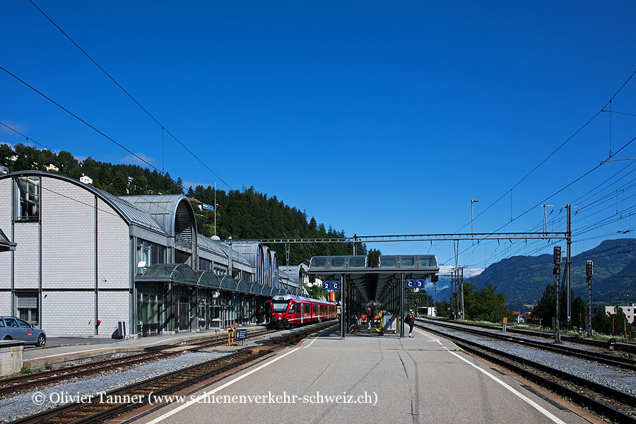 "Bahnhof ""Thusis"""