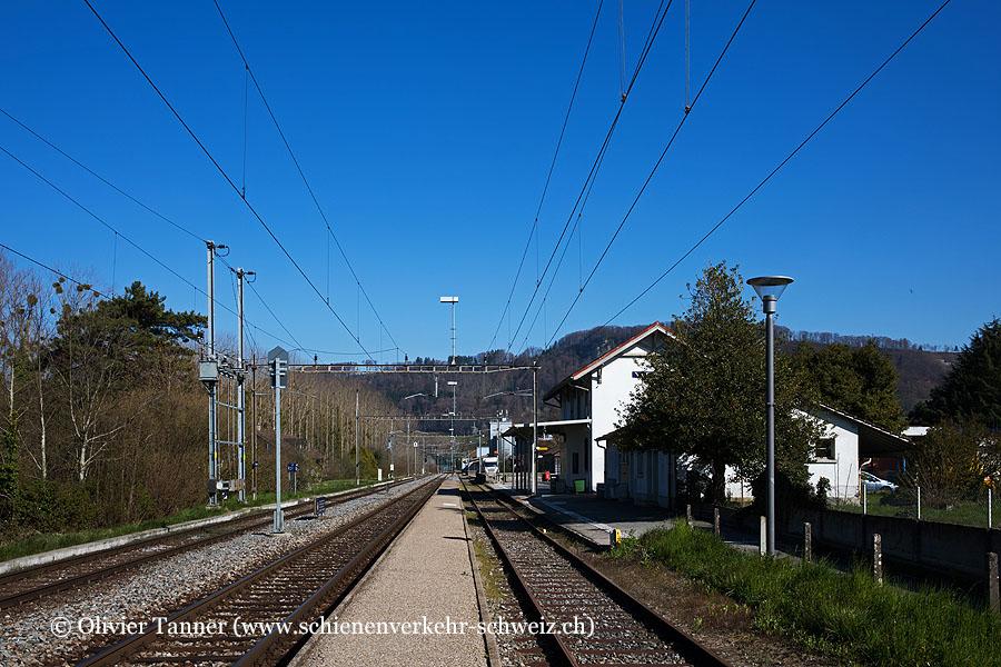 """Bahnhof """"Yvonand"""""""
