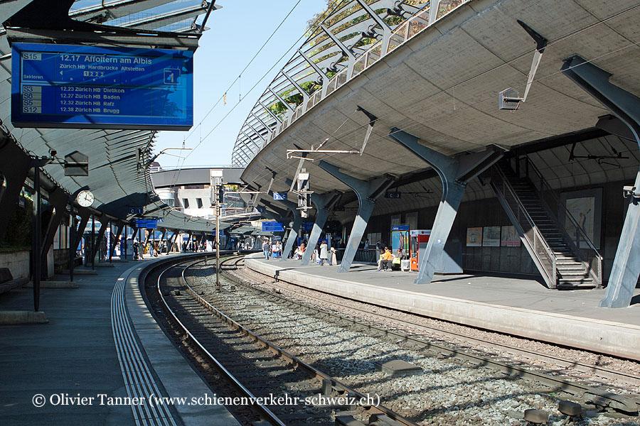 """Bahnhof """"Zürich Stadelhofen"""""""