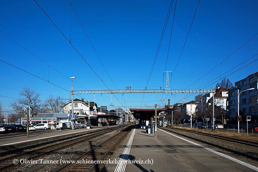 """Bahnhof """"Zürich Tiefenbrunnen"""""""