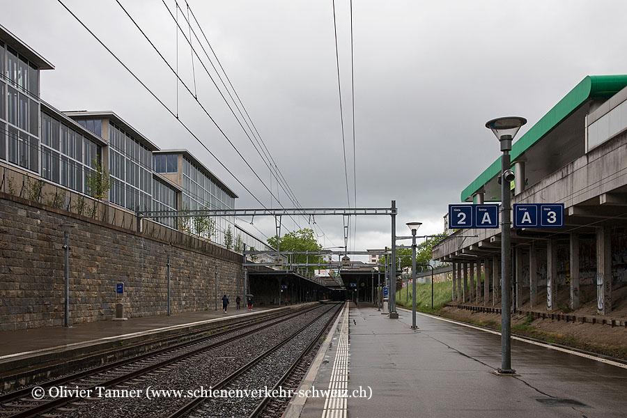 "Bahnhof ""Zürich Wiedikon"""