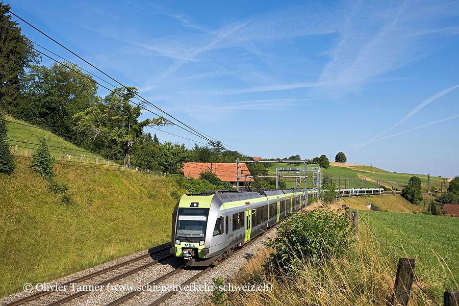 RABe 535 101, RABe 535 120, RABe 535 109 und RABe 535 121 als RegioExpress Bern – Spiez – Brig / Zweisimmen