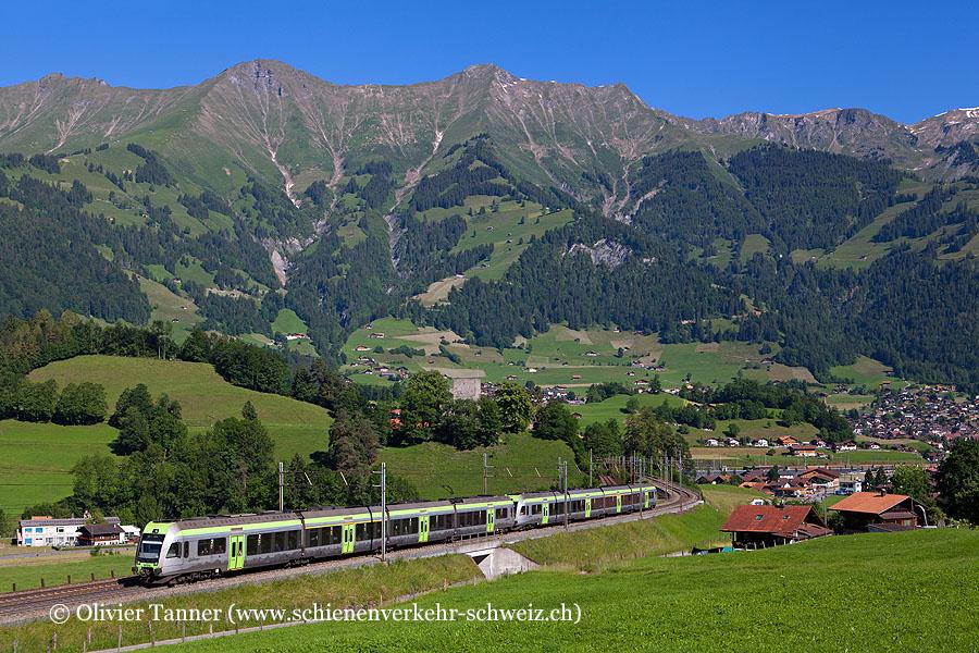 RABe 535 102 und RABe 535 114 als RegioExpress Bern – Spiez – Brig
