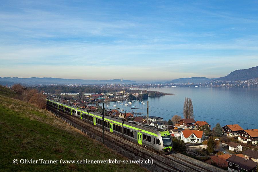 RABe 535 108, RABe 535 104 und RABe 535 105 als RegioExpress Bern – Spiez – Brig / Zweisimmen