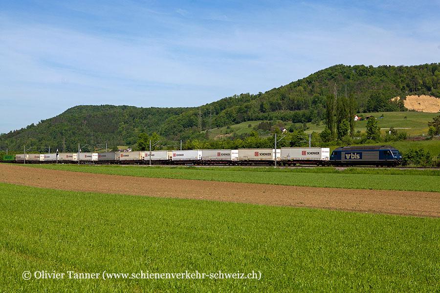 Re 465 009 mit DB Schenker Zug
