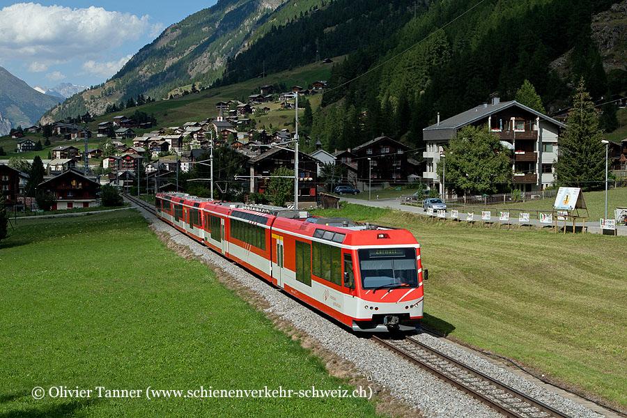 ABDeh 4/8 2022 und ABDeh 4/10 2012 als Regio Brig – Zermatt