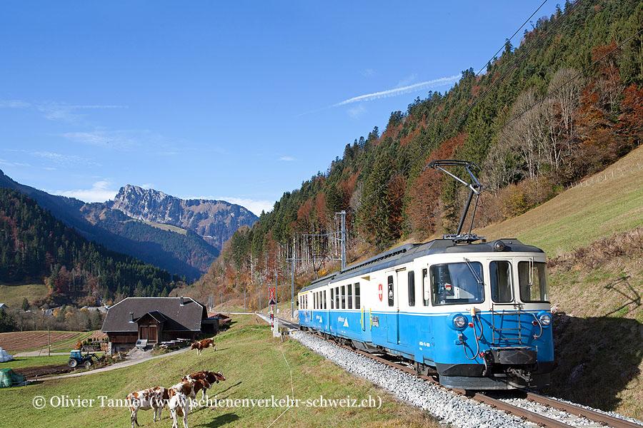 ABDe 8/8 4001 auf dem Weg nach Montreux
