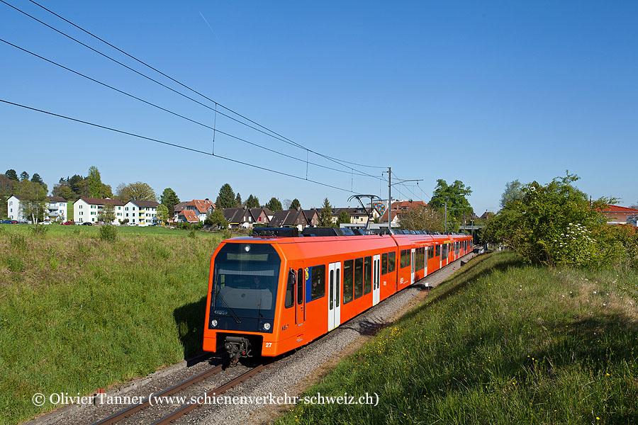 RABe 4/12 27 und RABe 4/12 32 auf dem Weg nach Solothurn