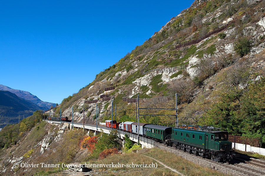 Ae 4/7 10976 mit einem GmP anlässlich der Erlebnisfahrt Lötschberg–Wallis