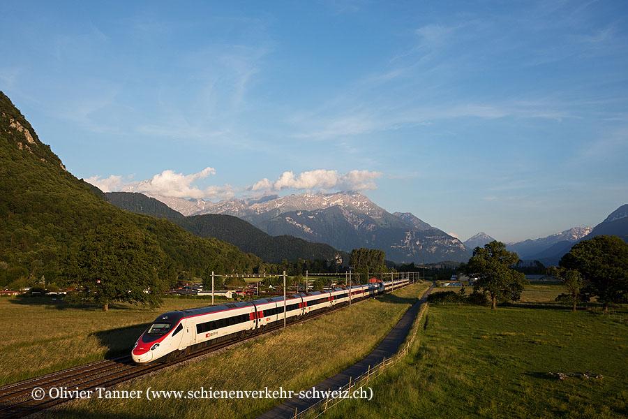 RABe 503 012 und RABe 503 015 als EC Milano Centrale – Genève