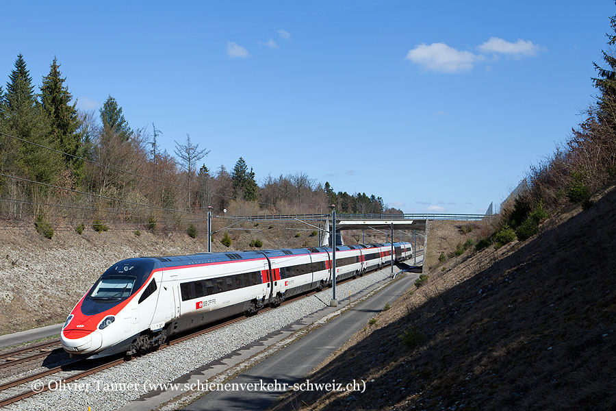 RABe 503 017 als EC Basel – Bern – Milano