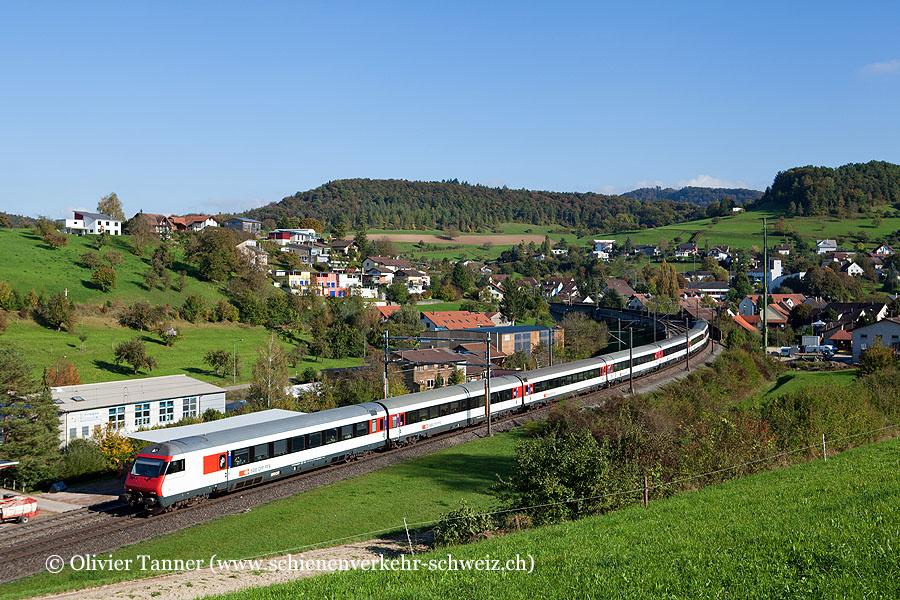 Einheitswagen IV Pendelzug als IR Zürich – Basel