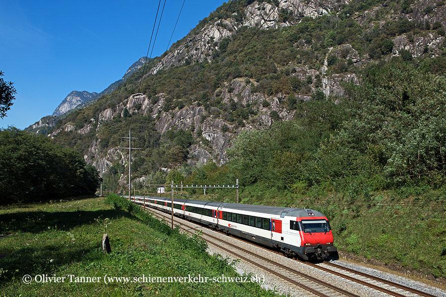 Einheitswagen IV Pendelzug als IC2 Zürich – Lugano