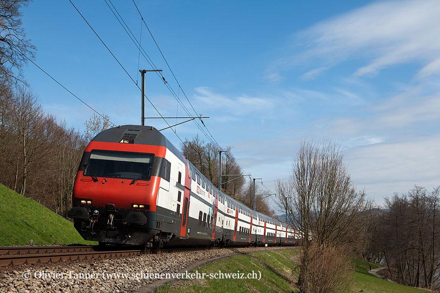 IC2000-Pendelzug mit Ticki Park-Steuerwagen als IR Zürich – Luzern
