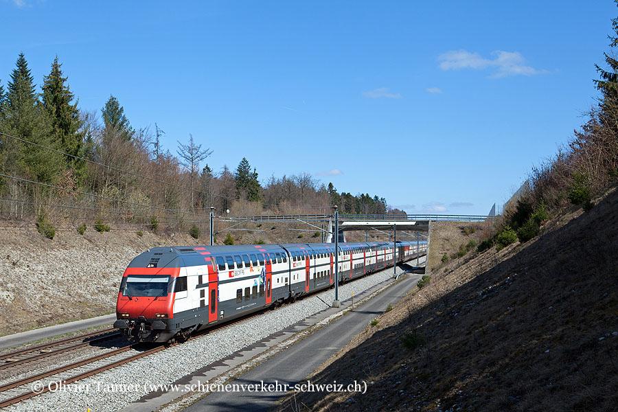 IC2000-Pendelzug mit Ticki Park-Steuerwagen als IC St. Gallen – Zürich – Bern – Genève Aéroport
