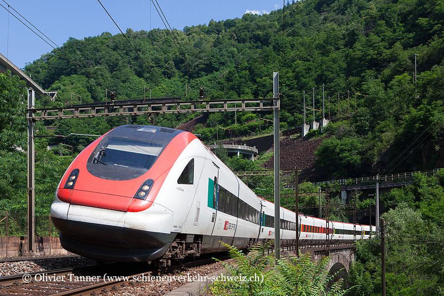 RABDe 500 000 und RABDe 500 001 als ICN Zürich – Lugano