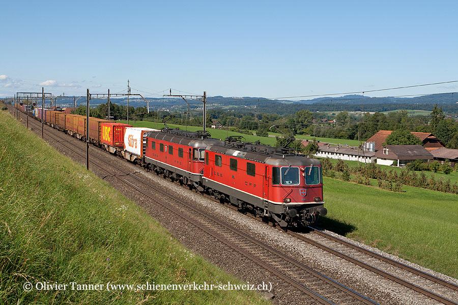 Re 4/4'' 11166 und Re 6/6 11621