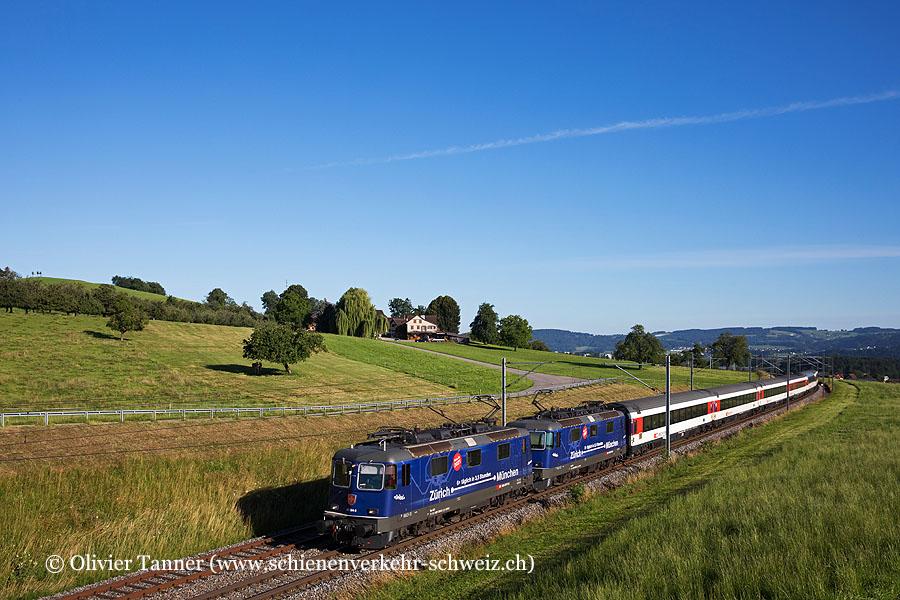Re 421 394 und Re 421 392 mit dem EC Zürich – St. Gallen – München