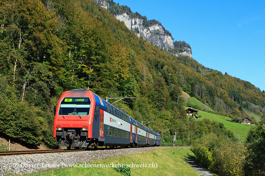 Re 450 Pendelzug mit Re 450 006 als Regio Rapperswil – Linthal