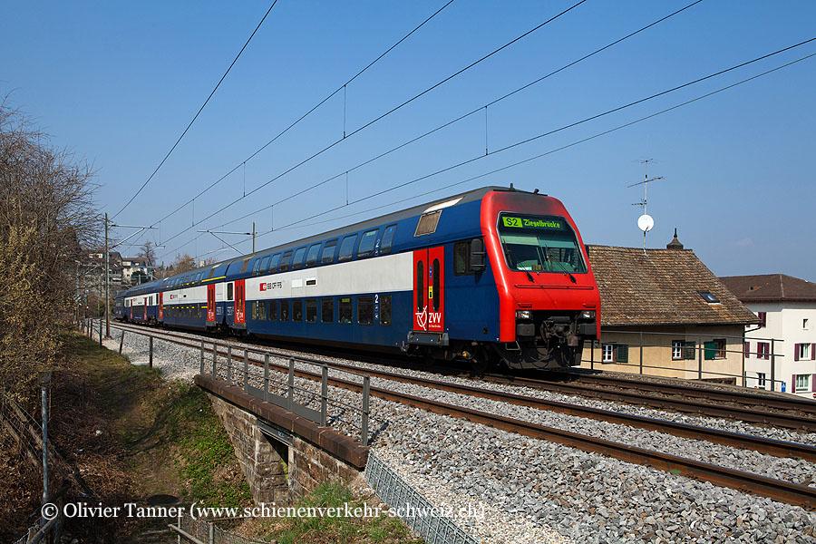 Re 450 Pendelzug mit Re 450 051 als S2 Effretikon – Zürich Flughafen – Zürich HB – Pfäffikon SZ – Ziegelbrücke