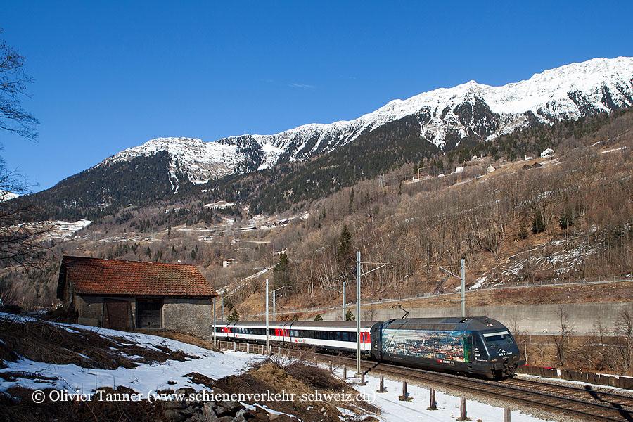 Re 460 023 ''100 Jahre HEV Schweiz'' mit dem Gotthard-IR