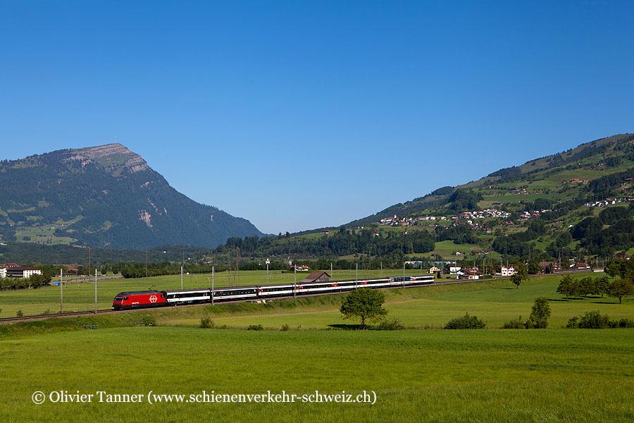 Re 460 101 mit Gotthard-IR